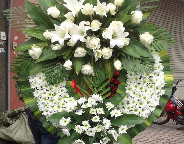 Hoa tang lễ Quận 11- Đặt hàng online, giao hoa cấp tốc trong ngày